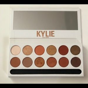 👑KYLIE COSMETICS Bronzed Extended Palette👑